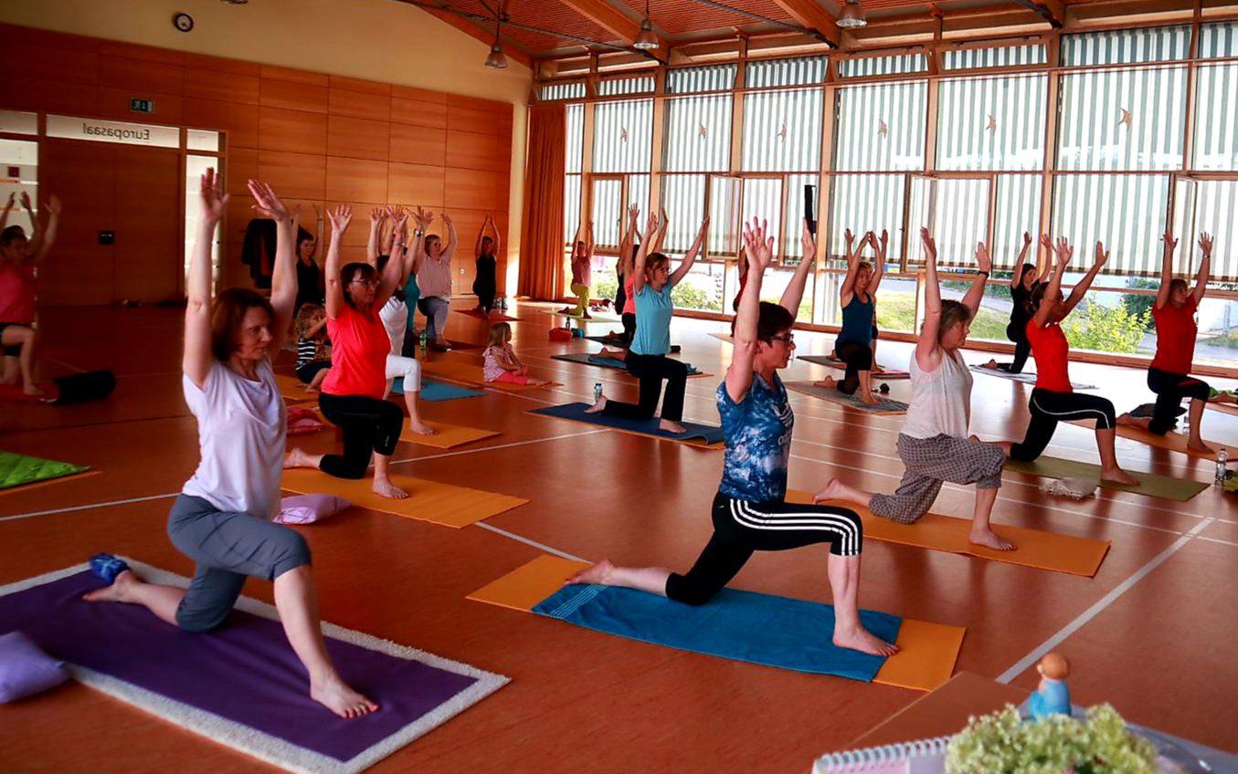 Yogaflow Summer breeze mit Christine und Franca